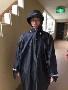 雨の日の訪問用カッパ